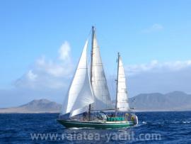Galapagos 43 - Raiatea Yacht Broker