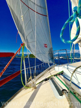 J 24 - Raiatea Yacht Broker