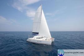 Lagoon 410 S2 + charter business - Raiatea Yacht Broker