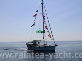 Oceanis 393 - Raiatea Yacht Broker