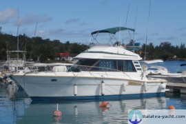 Riviera 35 Flybridge - Raiatea Yacht Broker